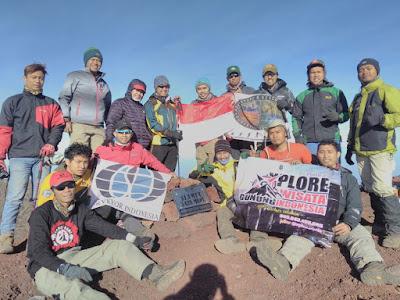 Paket Pendakian Gunung Slamet 2H1M Paket Open Trip - Ekonomis - Bisnis [[ Wisata ]] - Eksekutif - VIP - VVIP