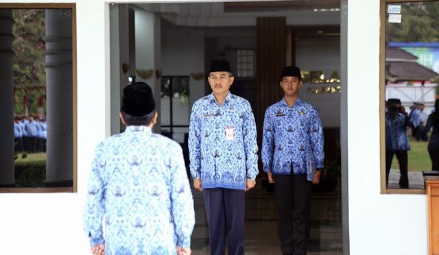 Staf Ahli Bidang Pembangunan, Drs. Agus Triyono, M. Si