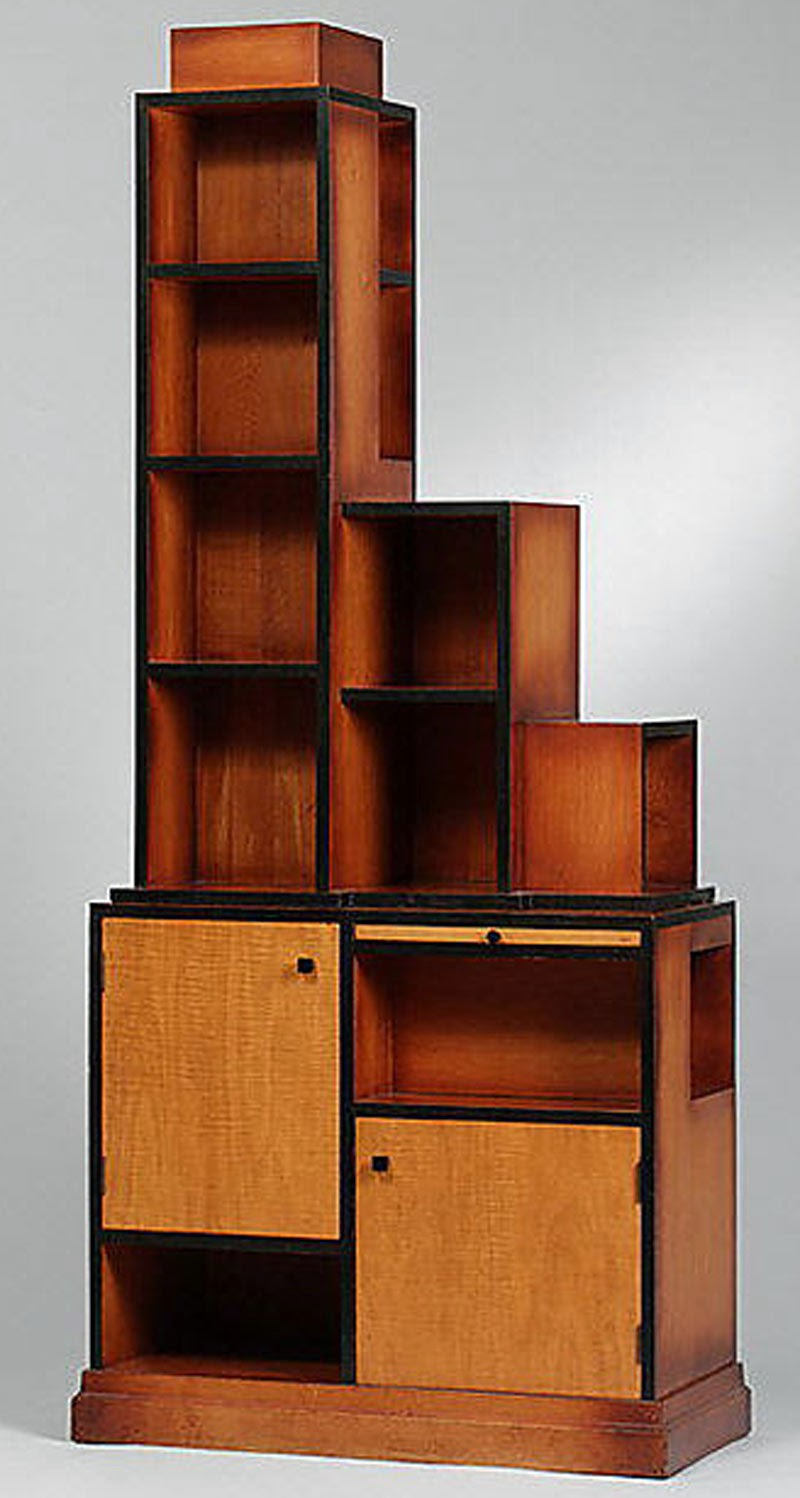 Building Collector: Architectural Shelves For Displaying