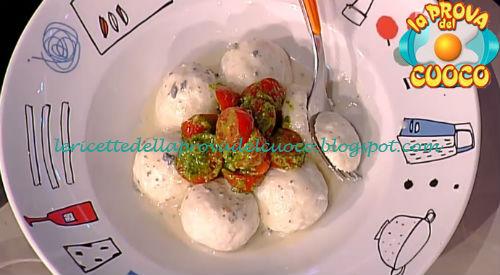 Canederli di ricotta con gorgonzola e pomodorini ricetta Holzer da Prova del Cuoco