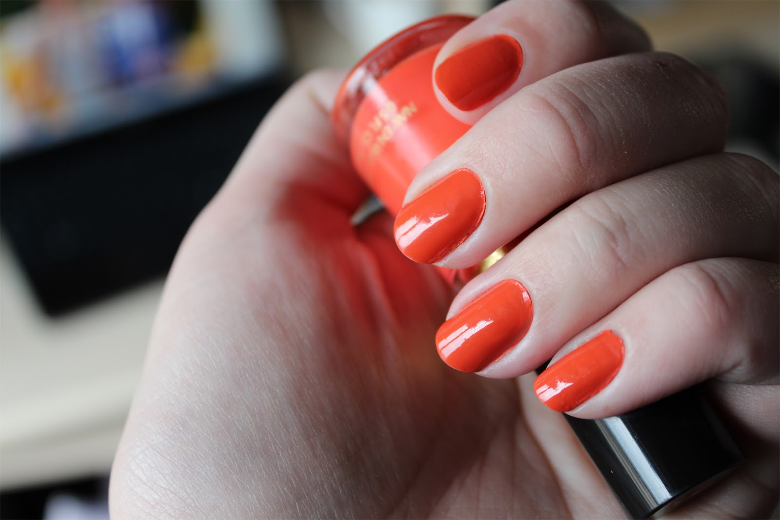 NAILS OF THE DAY [NOTD] | Revlon Siren - CassandraMyee