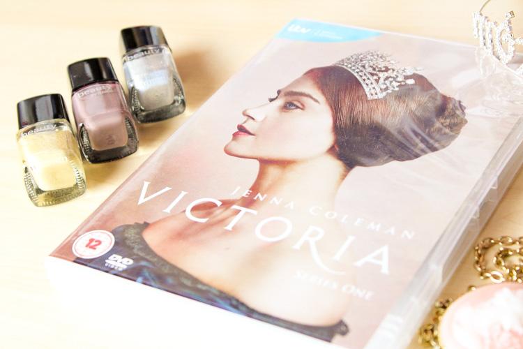Jahresrückblick Serien, Victoria Rezension, Jahreshighlights 2018, Serienjunkie, Filmblogger, Jahresrückblick Blogger
