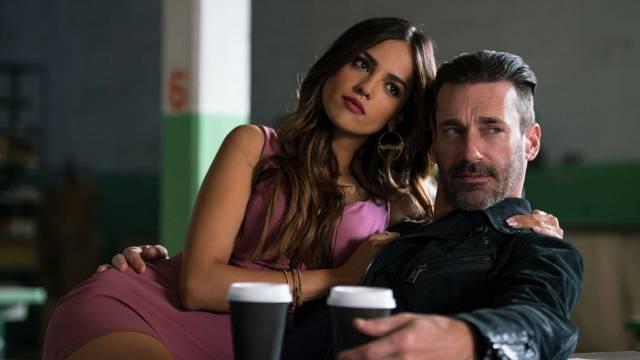 Darling (Eiza González) et Buddy (Jon Hamm) dans Baby Driver