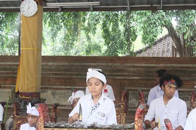 Mantra Memulai Suatu Kegiatan atau Pekerjaan dalam Agama Hindu