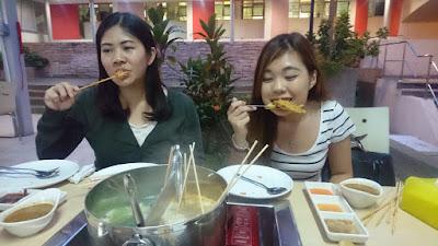 Enjoy Lok Lok with friends by Sweet Bunny Lobang - Singapore's Beauty & Lifestyle Blogger