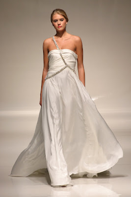 GR  White Gallery London 2011 - Bridal Design with Flair 3e3dc48d5