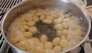Gnocchis Boiling in water