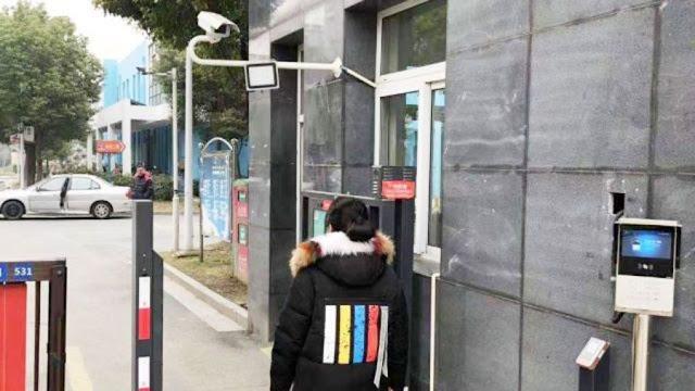 Instalação de câmeras de vigilância da China é tentativa de controle populacional