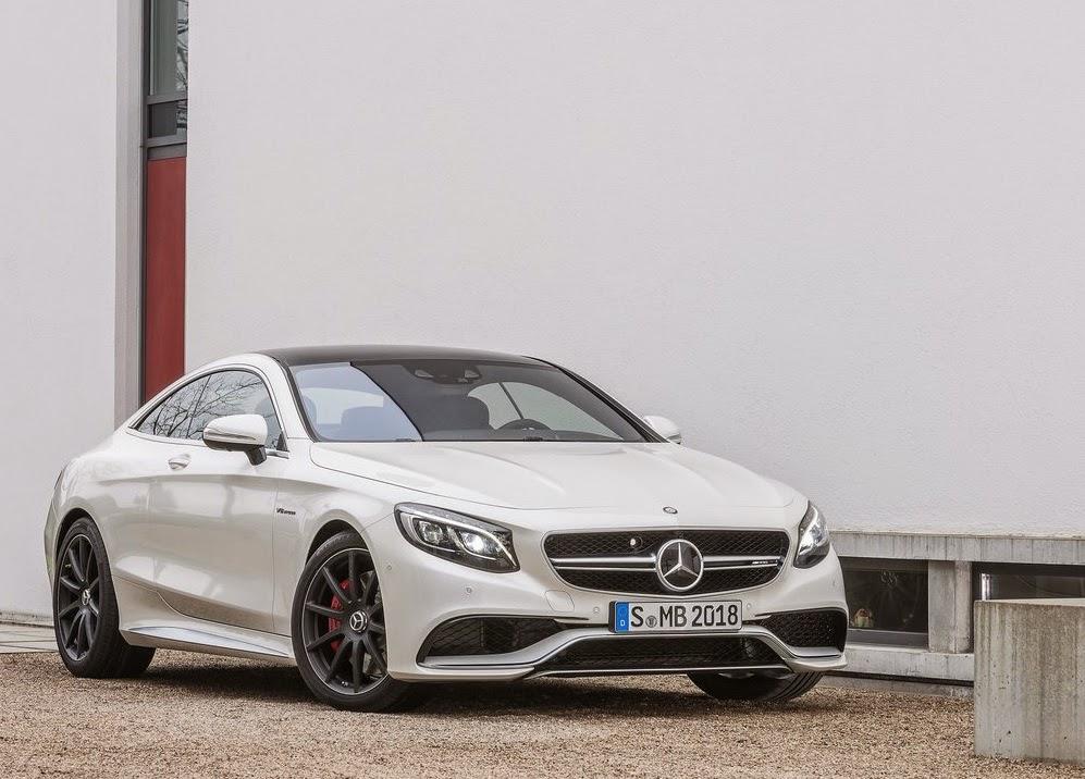 Η Mercedes πρώτη στο facebook