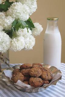 Recetas deliciosas: Gazpacho de fresas y galletas de almendras
