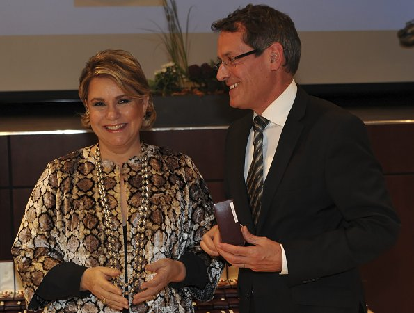 Grand Duchess Maria Teresa of Luxembourg, Luxembourg Red Cross, Duchess wore leopard patterned coat