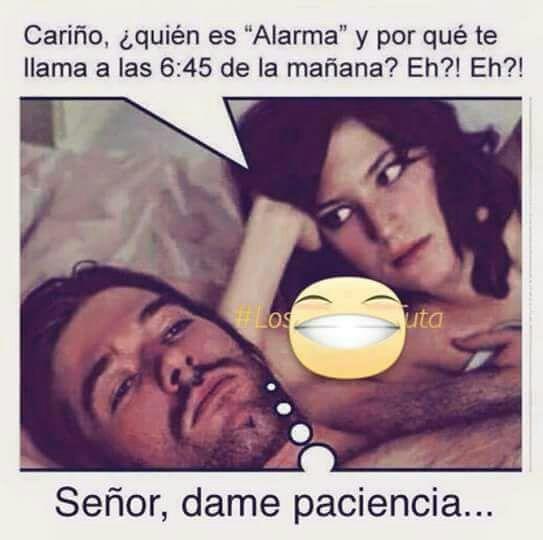 Meme alarma despertador y tu mujer