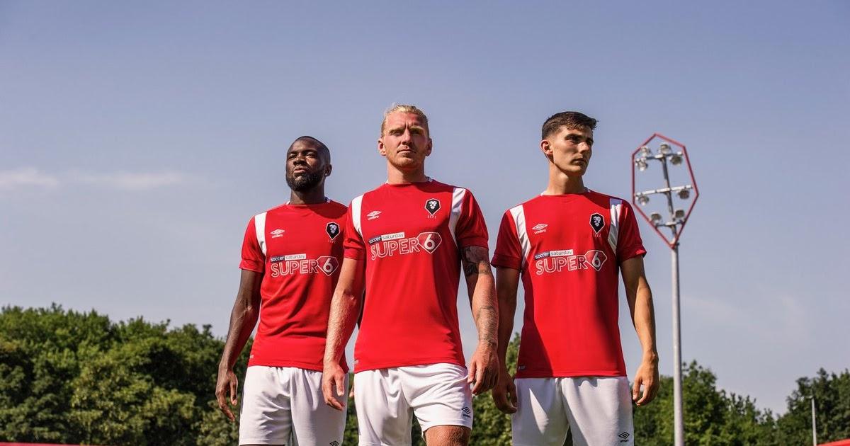 Salford City Fc 18 19 Home Kit Released Footy Headlines