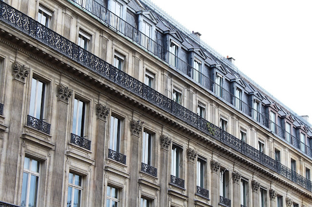 Hausmann architecture - Paris travel & lifestyle blog
