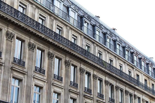 Hausmann architecture - Paris travel & lifestyle blog