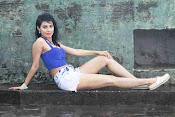 manisha kelkar sizzling in rain-thumbnail-2