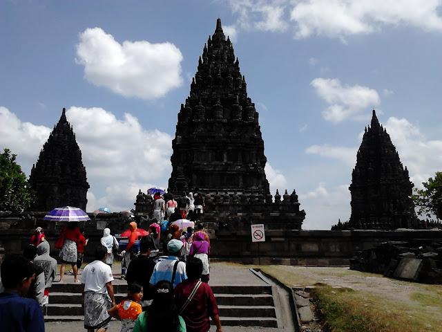 paket wisata Candi Prambanan