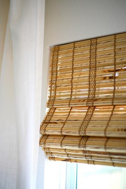 Tấm mành tre xinh đẹp cùng họa tiết thổ cẩm độc lạ