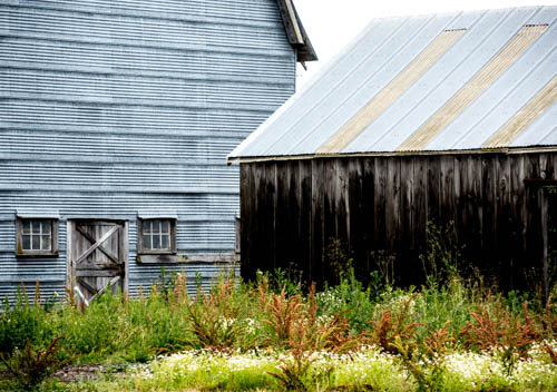 folkwaysnotebook: BACK OF THE BARN
