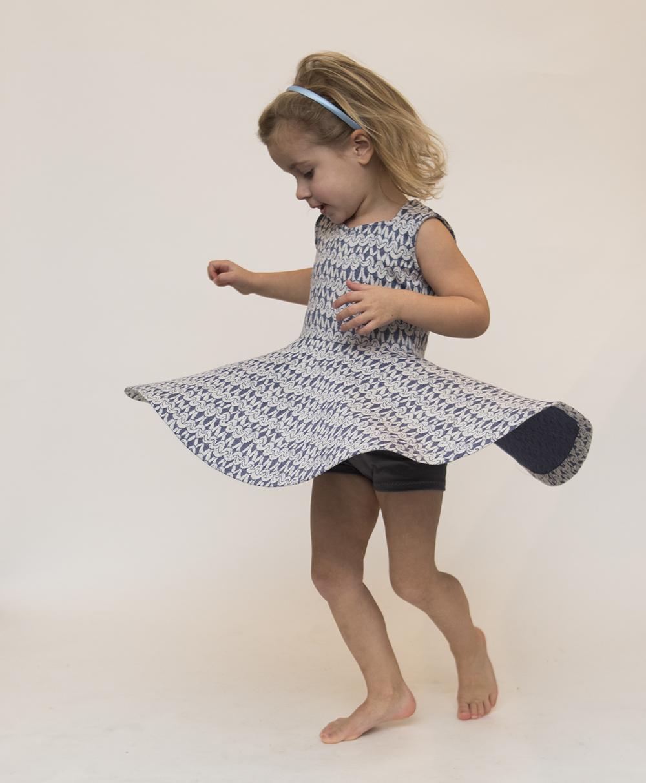 9be136d17c125a Het patroon komt met een extra patroon voor een speelbroekje voor onder de  jurk