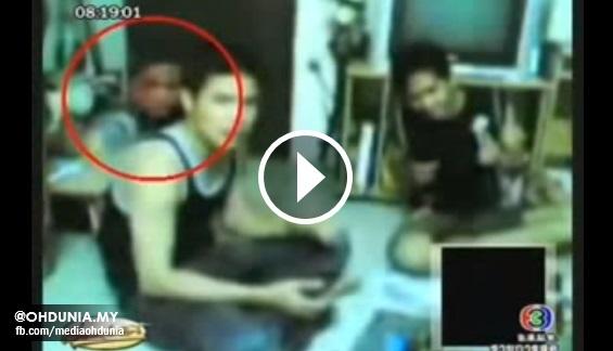 Video: Kawan mati kemalangan datang majlis makan, karaoke