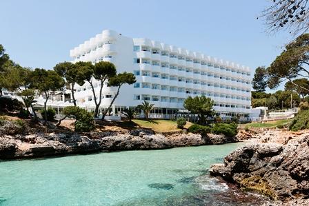 Apple Leisure Group firma un acuerdo para adquirir una participación mayoritaria en Alua Hotels & Resorts