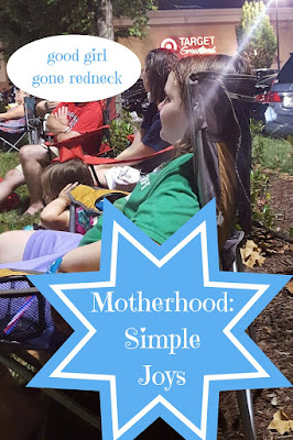 motherhood, parenting, summer, keeping busy, small moments, family fun, kid-friendly