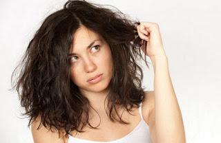 4 Tips Cara Mudah Atasi Rambut Mengembang
