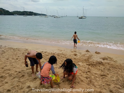 Frugal Family with Four Kids Travel to Thailand