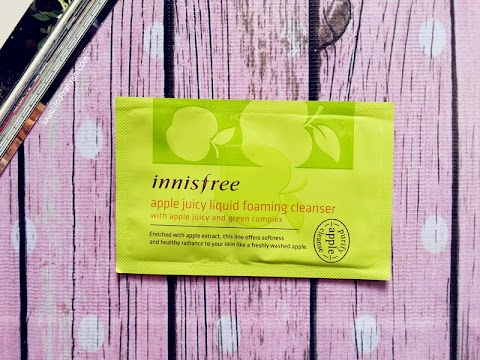 [FIRST IMPRESSION] Innisfree – Apple Juicy Liquid Foaming Cleanser*
