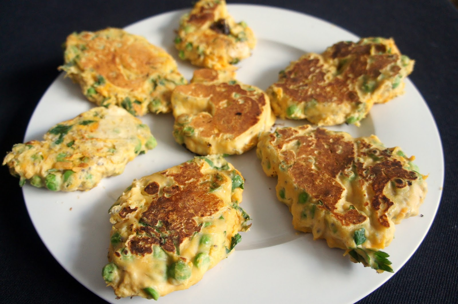 Bite-sized thoughts: Herby lemon and pea fritters