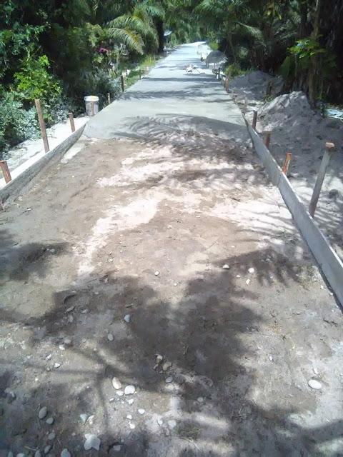 Rabat beton yang dibangun.
