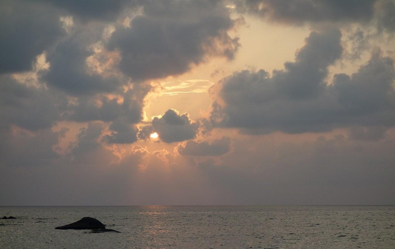 صورة غروب الشمس على مياه البحر - اجمل واحلى صور الطبيعة الجميلة والخلابة في العالم