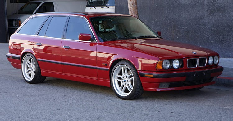 here 39 s your chance to own a 1995 bmw 540i touring 6 speed. Black Bedroom Furniture Sets. Home Design Ideas