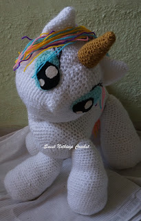 cuddly crochet unicorn stuff toy, crochet unicorn amigurumi, crochet unicorn stuff toy