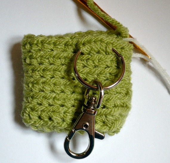 1b5e1d3d4 Nicely Created For You: FREE CROCHET PATTERN - Small Square Coin ...