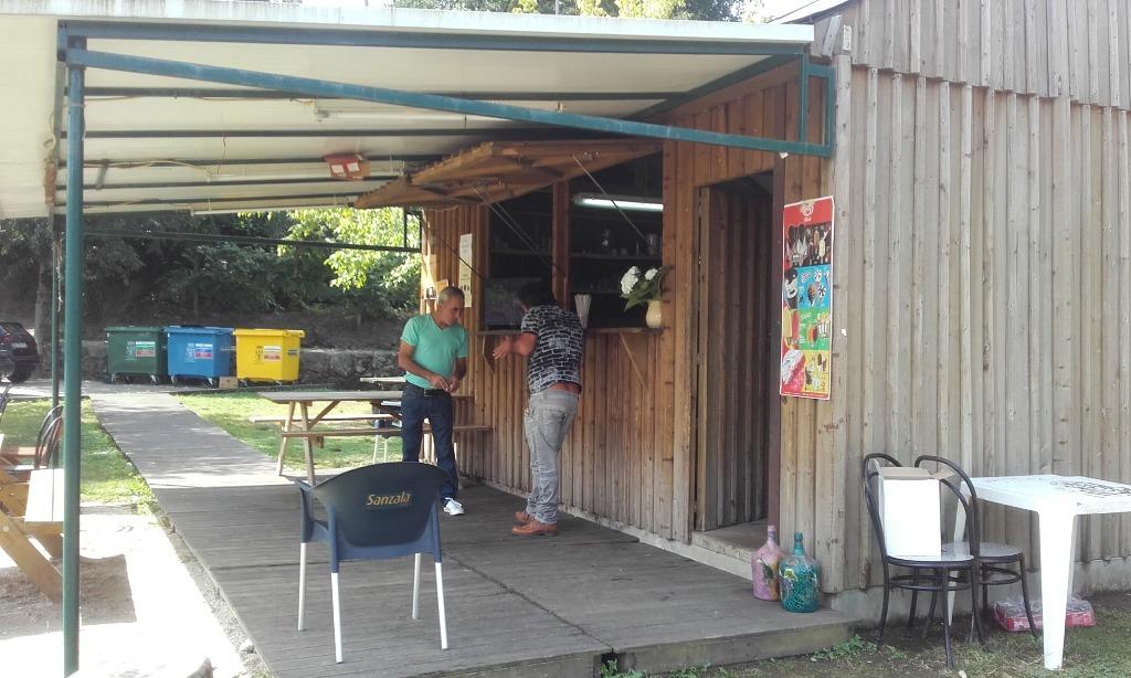 Café bar do parque de lazer do Rio Odres