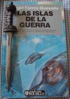 Portada del libro Las islas de la guerra, de Ángel Torres Quesada