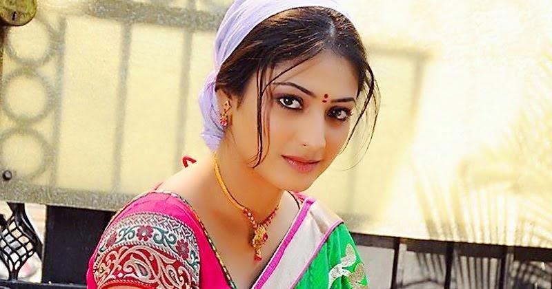 Sexy Rajni Aunty Ki Chudai Kahani  Maa Aur Behan Ki -3059