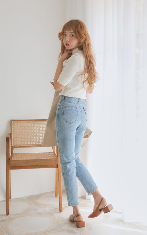 Folded Cuff Half Sleeve Knit T-Shirt