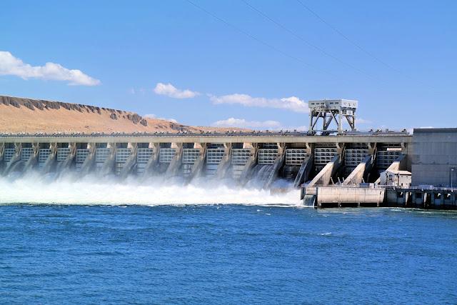 Pembangkit Listrik tenaga Air (Hydropower Plants)