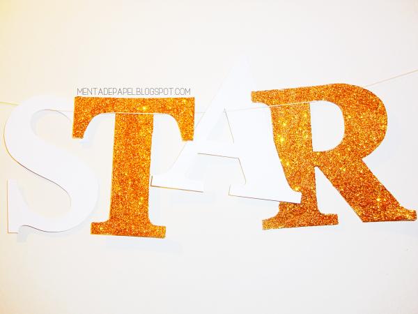 Palabra STAR con letras de cartón y glitter