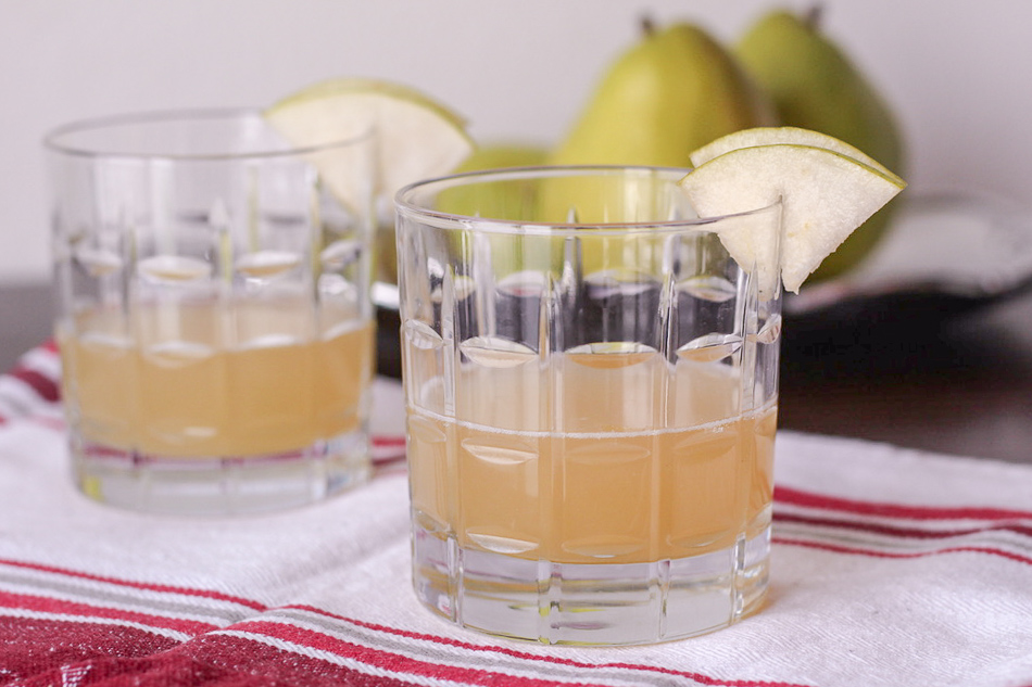 Ginger Pear Champagne Fizz
