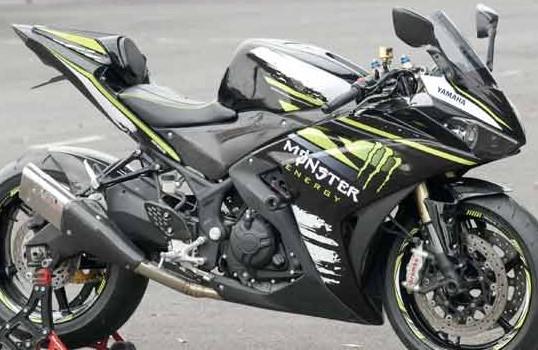 Foto gambar modifikasi yamaha r25 terbaru keren gaul nungging abis monster