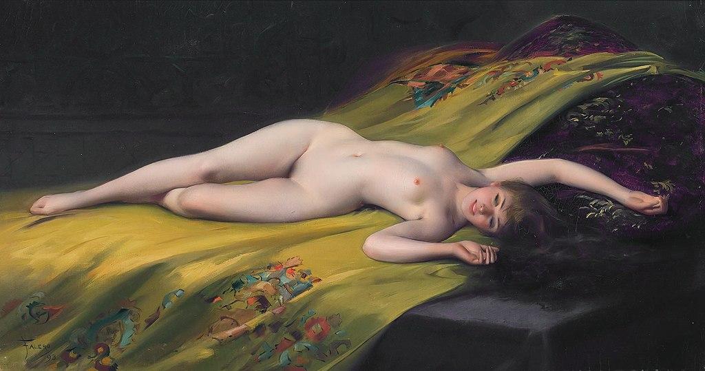 Mujer desnuda recostada sobre una tela amarilla
