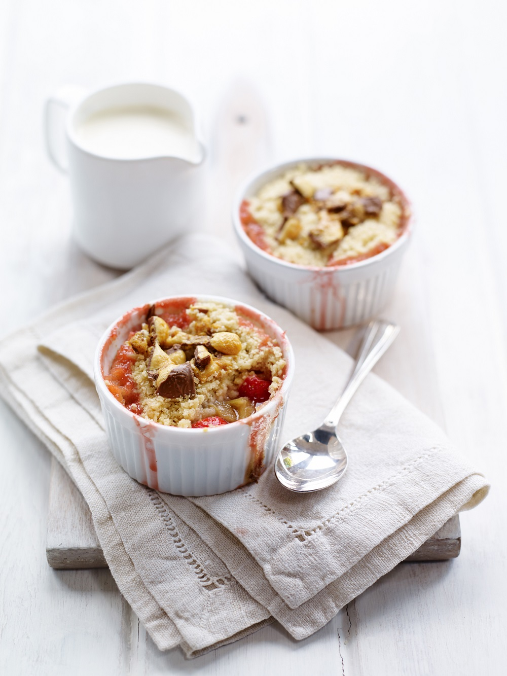 How To Make A BerryWorld Strawberry And Rhubarb Crumble