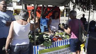 """Agricultora Maria Lúcia Nogueira Lourenço: """"A gente procura o bem-estar das pessoas, trazendo os produtos da roça, fresquinhos"""""""