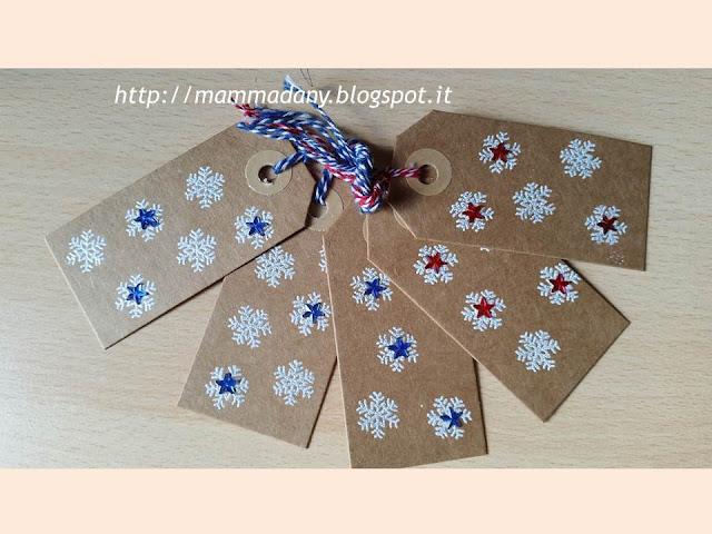tags-chiudipacco per impacchettare i regali di Natale con fiocco di neve