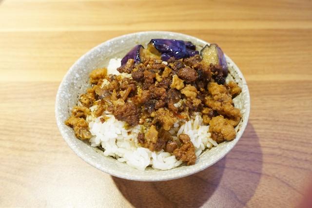 民豐素食館素魯飯