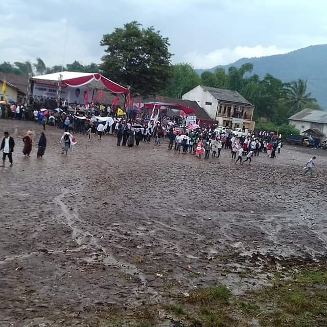 Kampanye Maruf Amin di Garut Sepi dan Diguyur Hujan